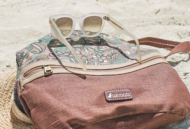 Beach Bag Essentials For A Carefree #IslandLife This Summer